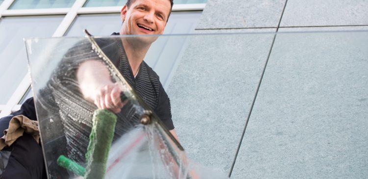 Fensterputzer Tessin